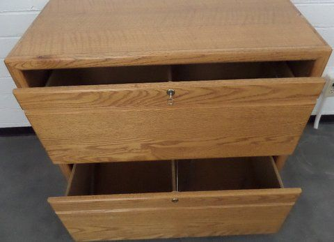 Lot Detail - OAK TWO DRAWER LOCKING LATERAL FILE CABINET WITH KEY