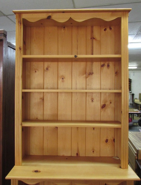 Lot Detail PINE HUTCH STYLE BOOKCASE