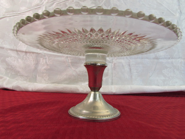 Lot Detail - DEPRESSION GLASS CAKE STAND WITH SILVER BASE ...