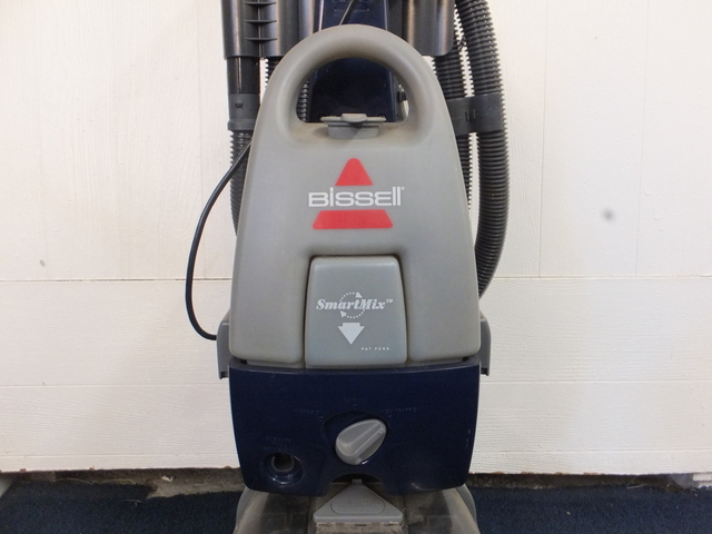 Power Steamers For Cleaning ~ Lot detail bissel power steamer rug cleaner