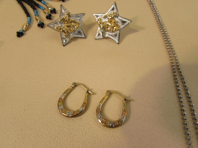 Lot Detail Western Style Jewelry Includes Silver Bracelet Horseshoe Earrings