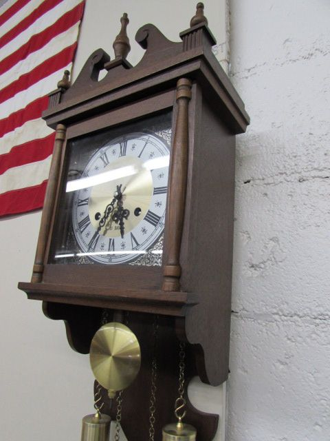 Lot Detail Hamilton 31 Day Wind Up Wall Clock Vintage