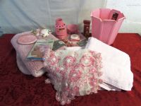 PINK BATHROOM ACCESSORIES!