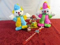 CLOWNIN AROUND! VINTAGE BARNUM & BAILEY BACK SCRATCHER, LAMP, BANK & PLUSH CLOWNSl