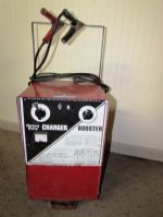 MONTGOMERY WARD HEAVY DUTY BATTERY CHARGER/ BOOSTER