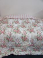 SWEET DREAMS!  PLUSH LIKE NEW QUEEN SIZE COMFORTER