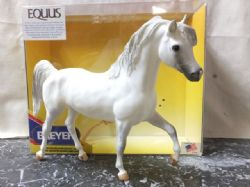 BREYER TRADITIONAL SCALE MODEL HORSE, EQUSS