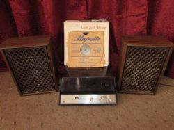 VINTAGE RECORD PLAYER WITH SPEAKERS & VINTAGE RECORDS