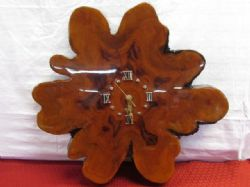 BEAUTIFUL VINTAGE LACQUERED BURL WOOD WALL CLOCK