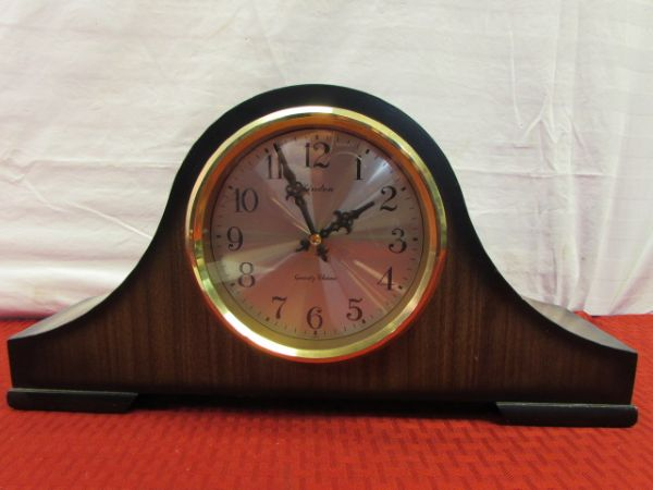 Lot Detail Vintage Clocks Linden Quartz Chime Mantle