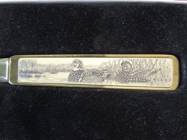NIB VINTAGE BARLOW BRASS LETTER OPENER  WITH WATERFOWL INLAID HANDLE