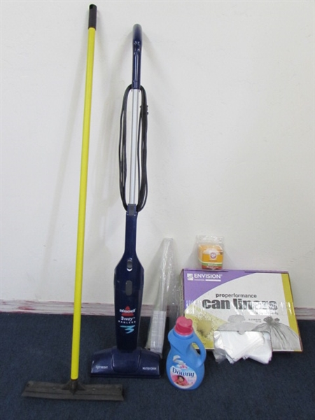 Lot Detail Clean House Bissell 3 Way Bagless Vacuum W