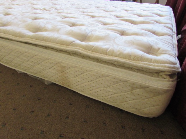 king size sleep number matress and foundation system