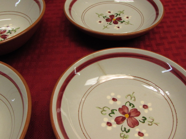 LOVELY VINTAGE STANGL POTTERY FRUIT BOWLS u0026 SERVING DISH IN GARLAND PATTERN ... & Lot Detail - LOVELY VINTAGE STANGL POTTERY FRUIT BOWLS u0026 SERVING ...