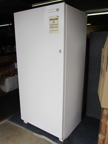 Lot Detail Super Cool Kelvinator Trimwall Upright Freezer