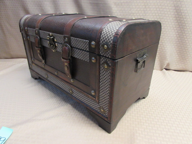 Lot Detail - PANDORA'S BOX! VERY - 105.5KB