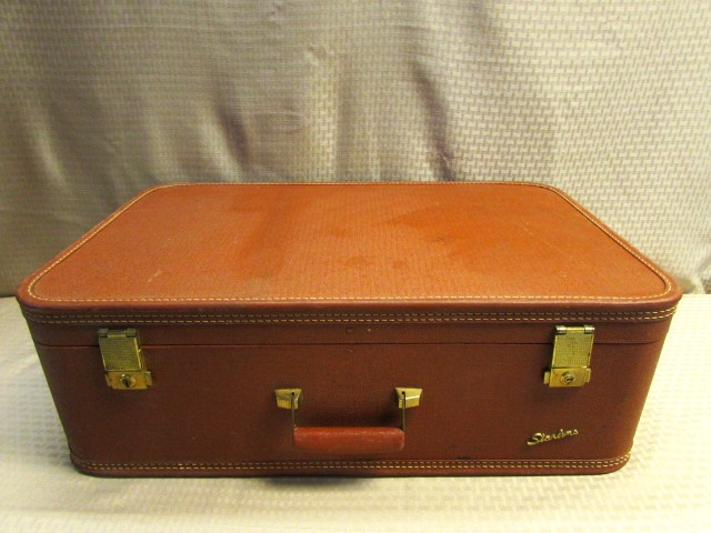Lot Detail - DEEP RED VINTAGE SKYWAY LUGGAGE SUIT CASE WITH ...