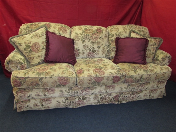 TOP OF THE LINE, EXTREMELY BEAUTIFUL LANE SLEEPER SOFA VERY COMFY, VERY  NICE ...
