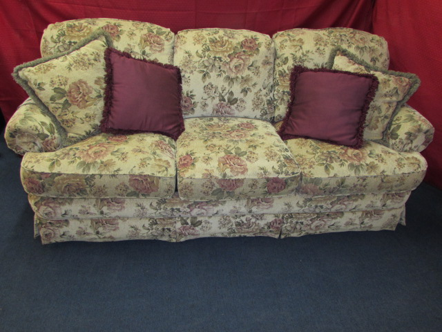 ... TOP OF THE LINE, EXTREMELY BEAUTIFUL LANE SLEEPER SOFA VERY COMFY, VERY  NICE ...