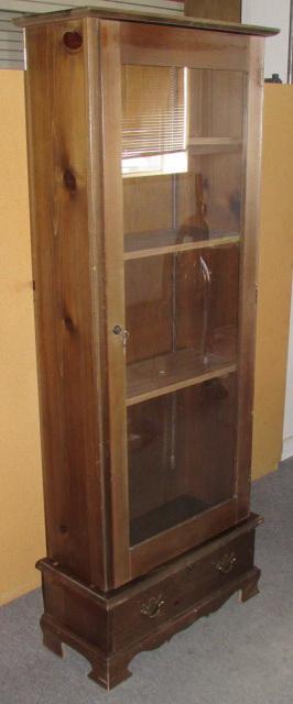 Lot Detail Locking Gun Cabinet With Glass Door