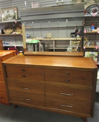 1953 HARMON MFG. CO. LADIES ALL WOOD DRESSER WITH MIRROR