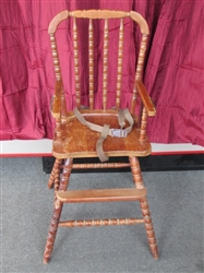 OLD FASHIONED WOOD HIGH CHAIR