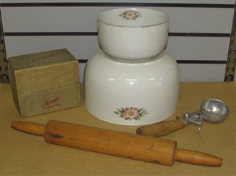 TWO VINTAGE HALLS KITCHENWARE NESTING BOWLS, ICE CREAM SCOOP & ROLLING PIN & ACCENT RECIPE BOX