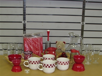 ROSES ARE RED & SO IS THIS LOT-NESTING BOWLS, CREAMER, SYRUP DISPENSER, ENAMELWARE CUP, PITCHER & MORE