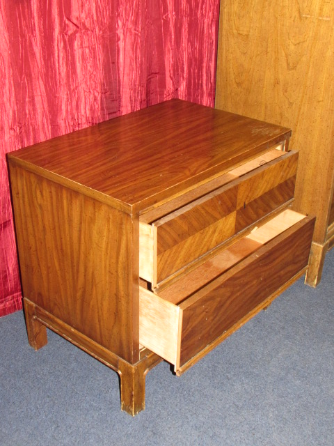Ordinaire VINTAGE TALLBOY DRESSER U0026 MATCHING 2 DRAWER NIGHT STAND FROM DIXIE  FURNITURE CO.