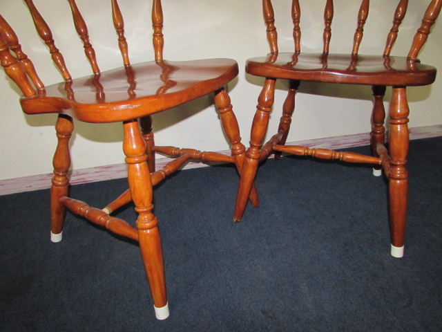 Pair Of Sweet Early American Style Kitchen Chairs