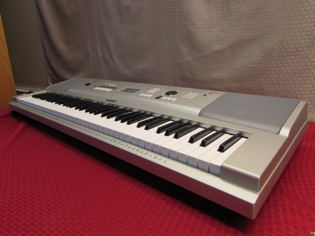 lot detail sweet yamaha ypg 235 portable electric keyboard. Black Bedroom Furniture Sets. Home Design Ideas