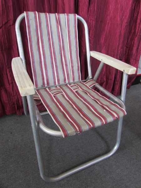 Lot Detail - VINTAGE ALUMINUM FOLDING LAWN CHAIR & ROCKING CHAIRS WITH ...