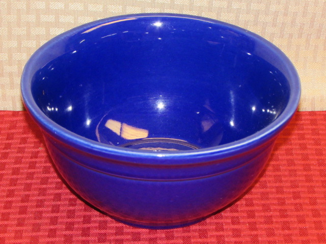 DONT BE BLUE-A DOZEN GORGEOUS INDIANA GLASS PLATES, USA POTTERY BOWL ...
