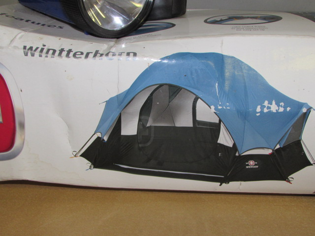 ... NEW IN BOX WENGER BACKPACKING GEODESIC DOME TENT GE LANTERN u0026 2 FLASHLIGHTS ... & Lot Detail - NEW IN BOX WENGER BACKPACKING GEODESIC DOME TENT GE ...