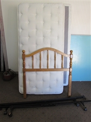 COMPLETE TWIN SIZE BED WITH CLASSIC WOOD HEADBOARD, NICE MATTRESS SET & FRAME #2