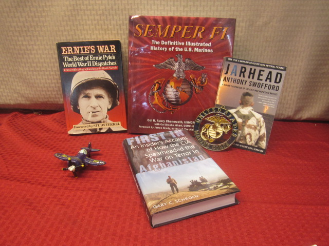 Lot Detail Semper Fi Books Jewel Box Prop Plane