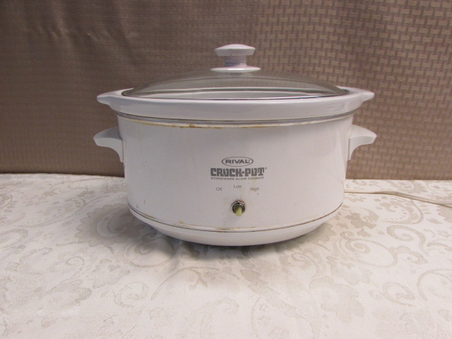 Lot Detail Crock Pot And Egg Genie