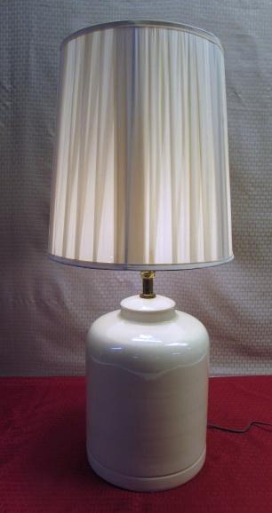 Ceramic Wall Lamp Shades : Lot Detail - CREAM CERAMIC LAMP W/PLEATED SHADE