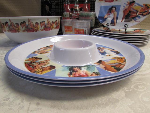 VINTAGE COCA-COLA MELAMINE DINNER PLATES/SERVING BOWL/CHIP PLATTERS/PLASTIC GLASSES ... & Lot Detail - VINTAGE COCA-COLA MELAMINE DINNER PLATES/SERVING BOWL ...