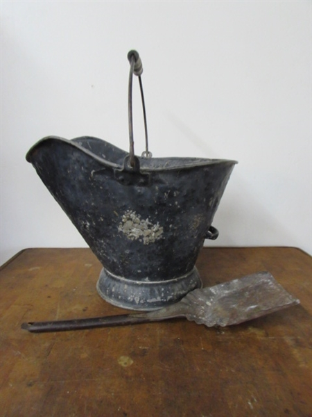 Lot Detail Cast Iron Kettle Ash Bucket With Shovel