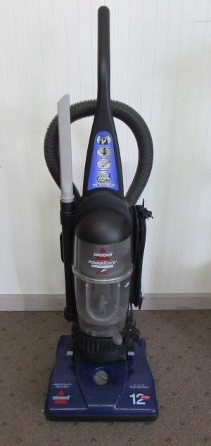 Lot Detail Bissell Powerforce Bagless Vacuum With On