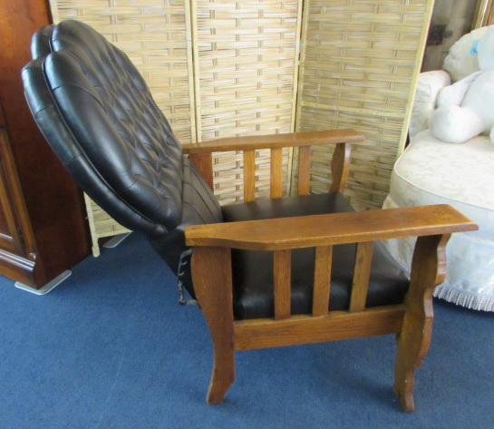 ... BEAUTIFUL ANTIQUE MORRIS CHAIR WITH LION CARVED LEGS - Lot Detail - BEAUTIFUL ANTIQUE MORRIS CHAIR WITH LION CARVED LEGS