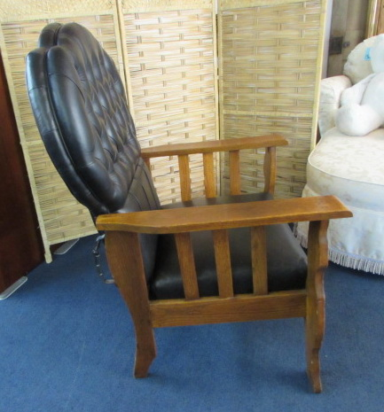 lot detail - beautiful antique morris chair with lion carved legs