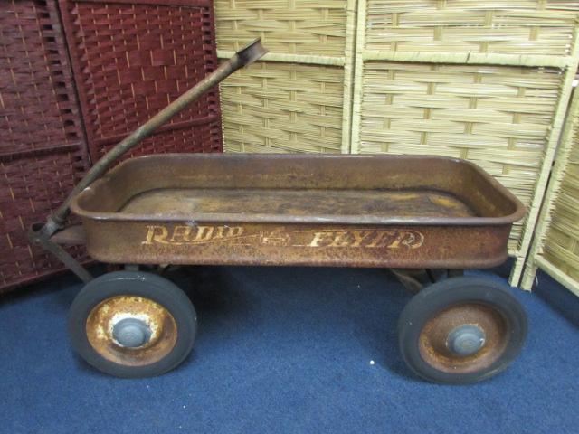 Lot Detail Vintage Radio Flyer Wagon