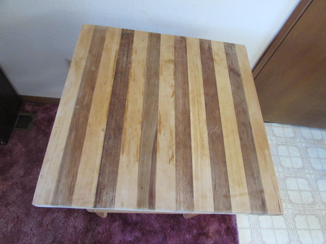 ... KITCHEN ISLAND WITH WOOD CUTTING BOARD TOP ...