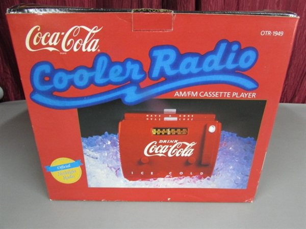 Lot Detail - OLD-TYME COCA-COLA COOLER RADIO/CASSETTE PLAYER