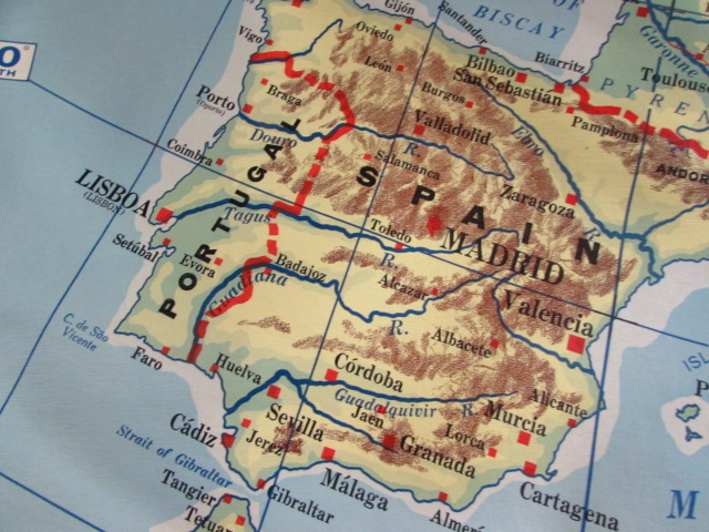 Lot Detail - VINTAGE CRAM\'S ROLL-UP MAP OF EUROPE