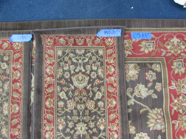 Lot Detail Area Rug With Matching Runner Amp Accent Rugs