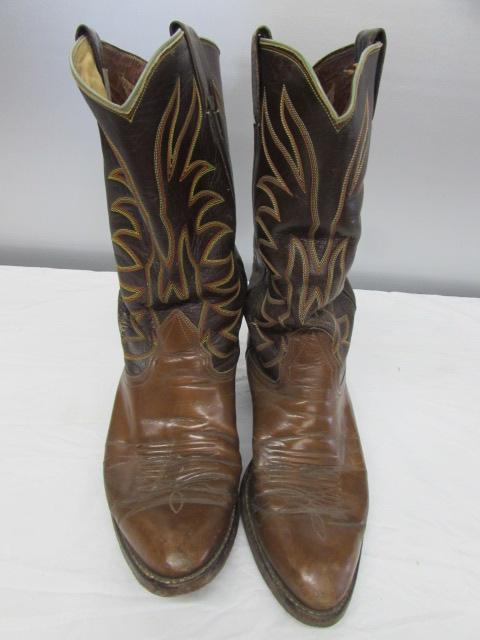 b9564d4d00e Lot Detail - A PAIR OF COWBOY BOOTS & WORK BOOTS SZ 8.5 WOMEN'S
