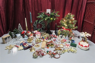 TABLETOP TREE & ORNAMENTS